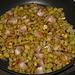patate rosolate con pancetta, scalogno, aglio