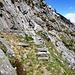 Der Verbindungsweg von Alpe di Pero zur Alpe Tamul muss einst eine Strada Vacche Kuhweg gewesen sein
