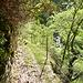 Gesicherter Weg über die zwei Bäche im Val Casenda nach Paiedo