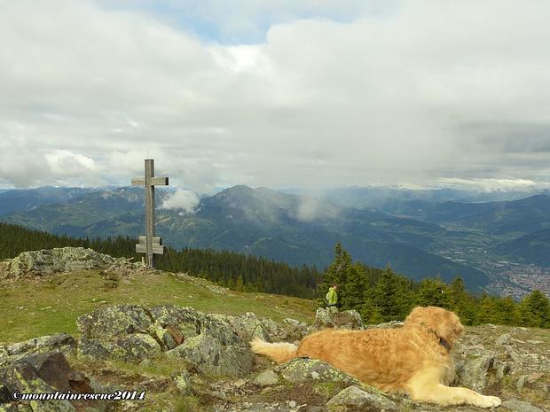 Auch das Gipfelkreuz, ganz in der Nähe des Schutzhauses, haben wir noch besucht