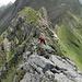Leichte Kletterei am Gipfelgrat