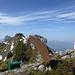 """Geierhorn - wohl der am perfektesten """"einrichtete"""" Gipfel der Schweiz. Hier hat jemand an alles gedacht!"""