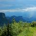 Die Wolken meinen es heute nicht gut mit der Aussicht in die Schweizer Berge.