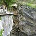 Wegführung an der Steilwand entlang