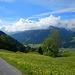 """Die Wolken waren heute ein wenig der """"Spielverderber"""". Die grandiose Bergkulisse zwischen Hochkünzelspitze und Zitterklapfen blieb heute großteils in den Wolken verborgen."""