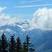 Etwas unterhalb des Gipfels bietet sich ein toller Blick zur Mohnenfluh. Die Hochkünzelspitze war weiterhin von Wolken umhüllt.