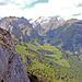 Traumhafte Ausblicke beim Gang dem Grat entlang zum Gipfel.