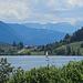 Bühl am Alpsee, dahinter die Oberstdorfer Bergwelt