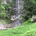 Panche sotto la cascata a Merisciolo.
