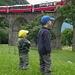 Touristen beobachten Touristen... (Wer staunt mehr?) <br />Zug Nr. 4 von 6 (Bernina Express Chur - Tirano)