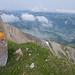 Blick hinab zum Schwarzsee, erste Wolken ziehen auf