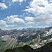der lange Wildengrat mit der Hornbachkette im Hintergrund