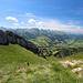 Blick vom Fuße des Wildhuser Schafberges (knapp oberhalb vom P.1852) in Richtung Churfirsten