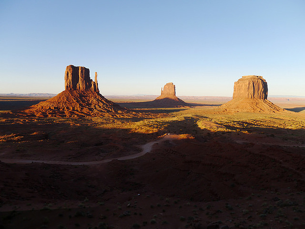 Das Navajo National Monument mitten in der Wüste von Utah.