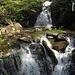 Belle cascate formate dal fiume nella Valle di Duragno che si possono osservare mentre si attraversa il ponte in prossimità di Giadè.