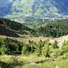 Blick vom Nünalpstock gegen Sörenberg, den historischen Bergsturz hinab