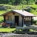 Kleiner Alp hoch oben im Saflischtal; sie hatten gerade Käse gemacht :-)