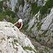Unmittelbar danach hat man den Ausstieg erreicht, von dem es dann noch in etwa 10 Minuten bis zum Gipfel dauert.