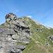 la dorsale erbosa che porta sul versante est del Piotta