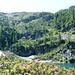 Lago di Sfii, 1909m - der Sattel rechts ist der Passo di Pianaccio, 2183m