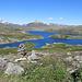 Store Sandvatnet und Namnlaus Vatnet. Wie schon bei meiner ersten Norwegentour durch die Hardangervidda bleibe ich häufig staunend stehen. Dieses Blau!