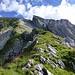 Südgrat: P. 2032, rechts oben die Wisswand, die Südseite des Lisengrates