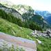 Alpe di Cregnell - Blick gegen Val Quaranteria: Schwerüberwindbarer Graben zur Capanna Ribia