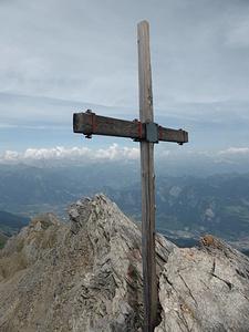 Haldensteiner Calanda mit Blick über den Nordgrat.