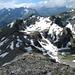 Bärenhorn. Hier geht es den Südgrat runter, dann alles dem weiteren Gratverlauf nach. Das Tällihorn ist der Gipfel halblinks.