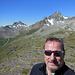 Selfie am Gipfel, mit Blick in eine der schönsten Gegenden weit und breit.