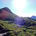 Am Fuss des namenlosen Gipfels P. 2605 das durch viele Jahre Kuhgetrampel entstandene Broccolimuster in der Landschaft.