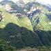 Un terrazzino ed una sedia per ammirare la valle e le montagne.