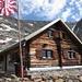 Zwischenhalt vor dem Talabstieg bei der Bietschhornhütte des Akademischen Alpenclubs Bern.
