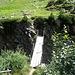 questo è il ponticello che traversa al sentiero per il passo del Muretto (è stato ben sistemato dal ponticello che ho traversato insieme agli amici Piera ed Alberto anni fa e che era piuttosto precario..)