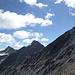 Auf zum Grat - im Blick sind nur die ersten drei der 15 Gipfel heute ...