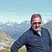 Auf der Passhöhe bot mir eine nette Deutsche Bergsteigerin - auch Hüttengast - die ich zufällig hier oben wieder traf an, das 'Selfie' für mich zu machen.