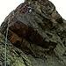 """Das Schmuckstück der Route in der 7. Seillänge 4: die sogenannte Himmelsleiter führt griffig der Kante entlang<br /><br /><em>""""Der nun folgende Teil des Aufstieges ist meiner Ansicht nach der schönste. In wunderbar festem Fels mit prächtigen Griffen geht die Kletterei ziemlich luftig dem Gipfel zu.""""</em>"""