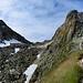 Rückblick zum Passo Cristallina mit der Hütte