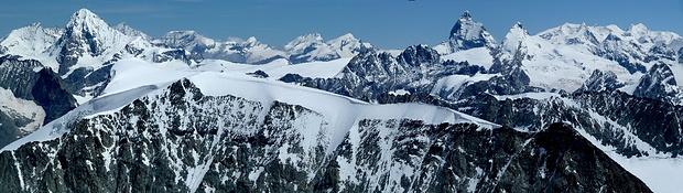 Panorama von hohen Wallisern