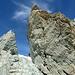 Bis auf eine Stelle am Südwestgrat konnte ich allen senkrechten Gratfelsen rechts -im Aufstiegssinn- ausweichen.