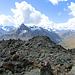 Blick vom höchsten Punkt zum Gipfelkreuz