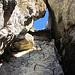 Der Fruttli Klettersteig und dessen erstes Highlight, die kleine Höhle.
