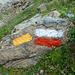 Bianco-rosso sentiero di Grande Randonnnée, giallo segnalazione normale