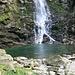der Wasserfall mit Pool bei Froda