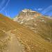 Höhenweg zur Es-cha Hütte mit Piz Kesch