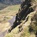 Steile Grasflanken prägen die Ostseite des Heustocks. Mit etwas Gespür für das Gelände bleiben die Schwierigkeiten jedoch im moderaten Bereich (T5)