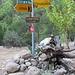 Kurz nach dem Eingang in den Canyon findet sich der Einstieg in den Lykischen Weg (Likya Yolu).