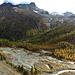 Blick von der Seitenmoräne in den Kessel des ehem. Gletschersees