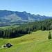 Bodenhütte - im Hintergrund der Brienzergrat