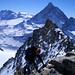Die Schotten erklimmen die Pointe de Zinal - im Hintergrund das Matterhorn